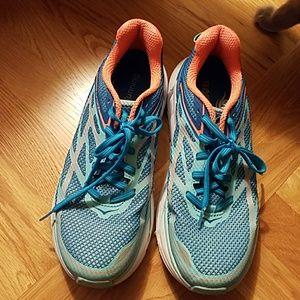 Hoka One One Clifton 3 sneaker size 8.5 teal blue